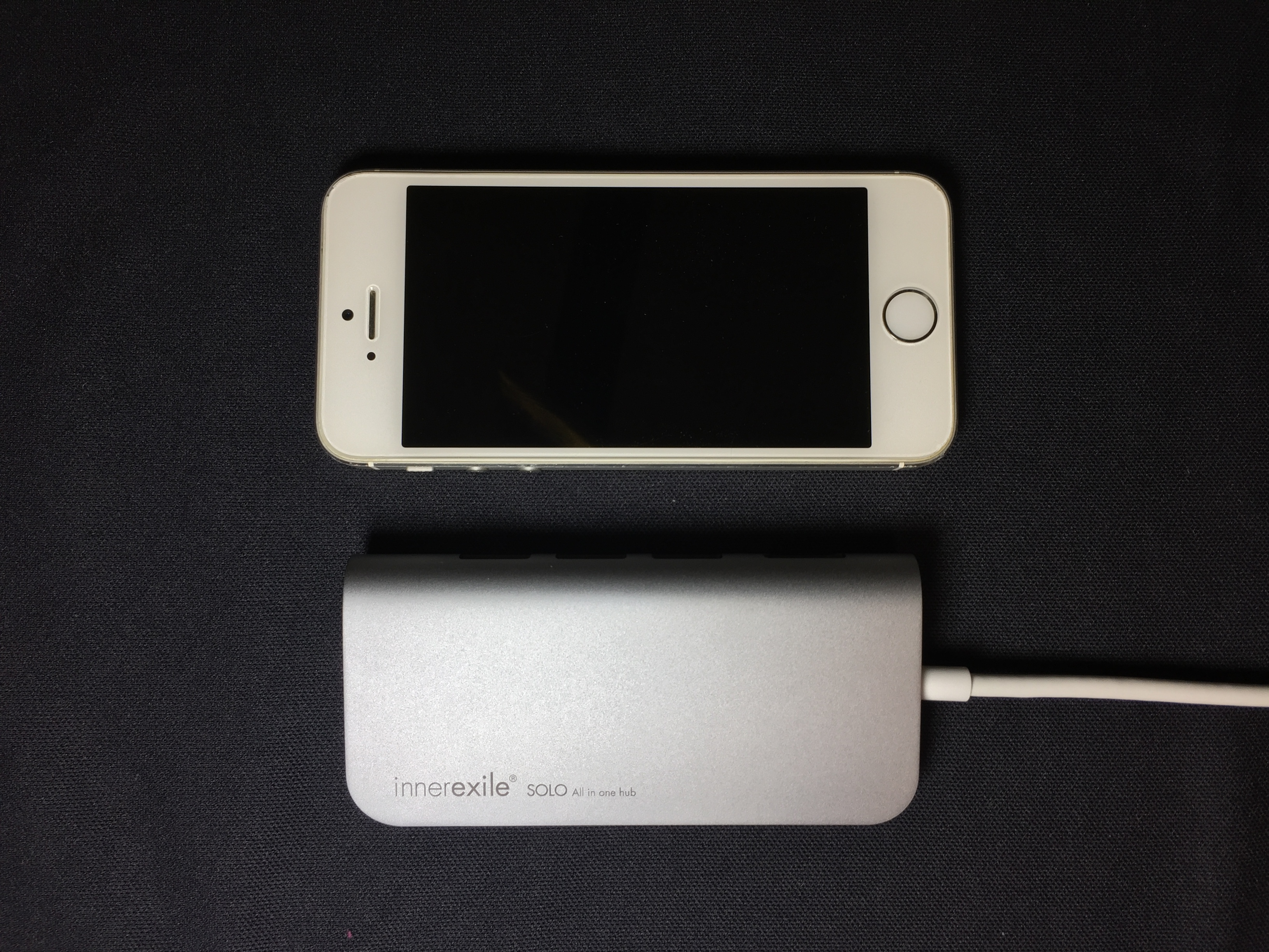 innerexile SOLO vs iPhone 5s