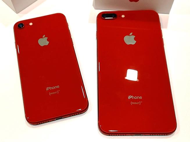 iPhone 8紅色特別版開箱:這就是不一樣的蘋果紅