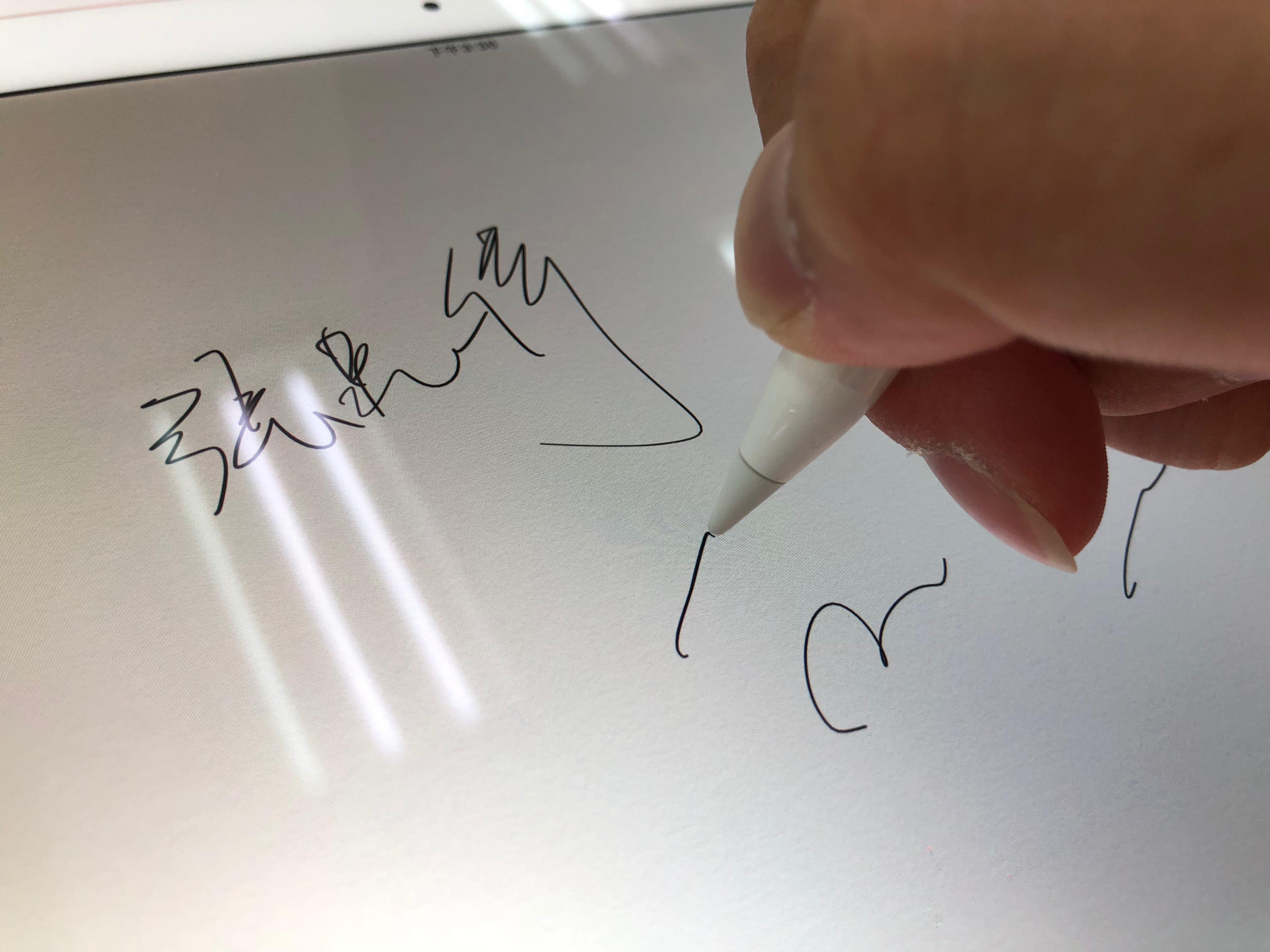 Apple Pencil 在 iPad Pro 上的使用情形
