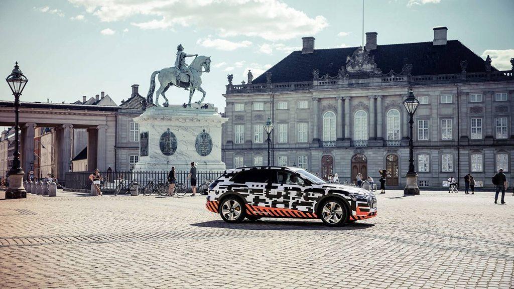 Audi 第一款量产电动车e-tron